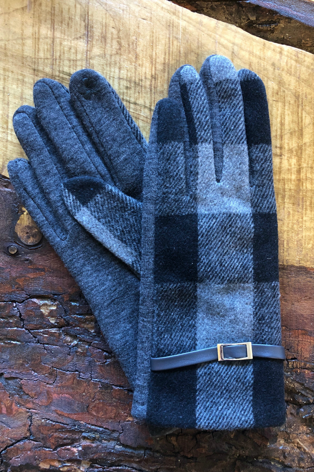 Gift Craft Plaid texting gloves - Front Cropped Image