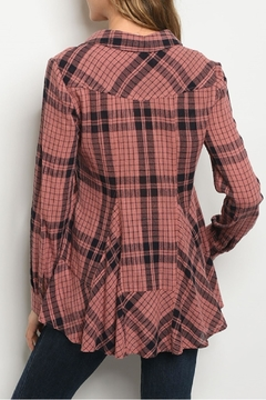 Gilli USA Plaid Top - Alternate List Image