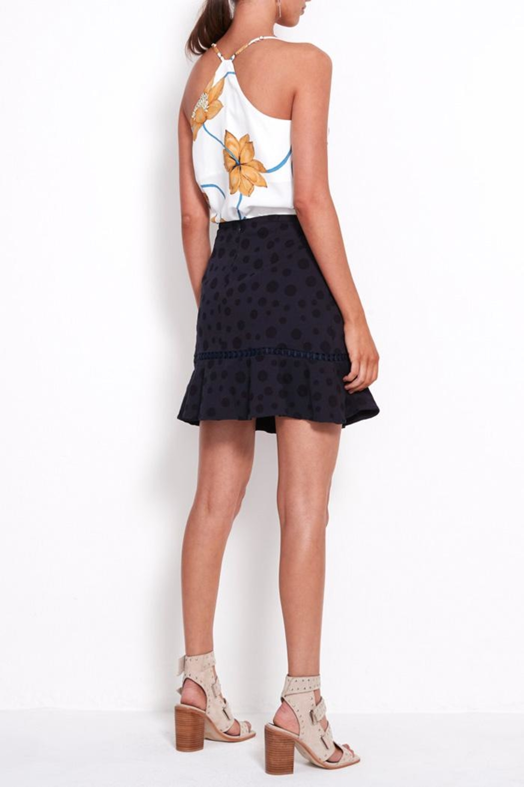 SHILLA THE LABEL Play Floral Cami - Side Cropped Image