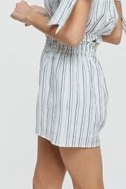 crescent Pleat Trim Short - Side cropped