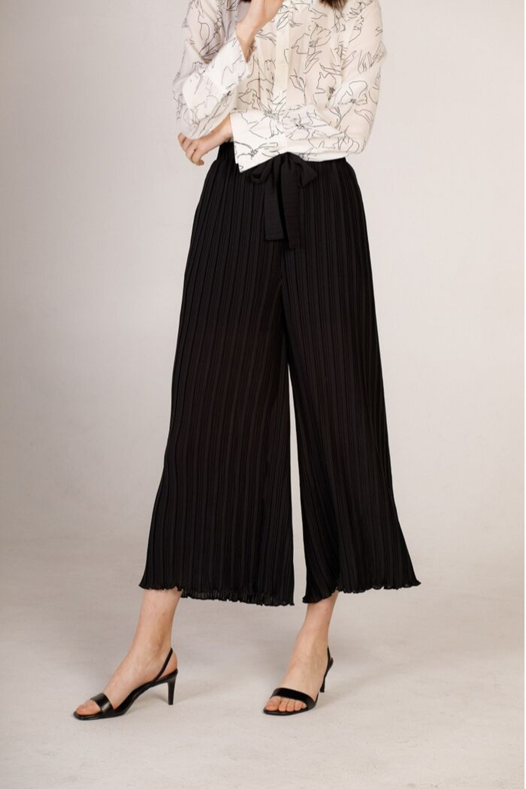 Moodie Pleated Culotte Pant - Back Cropped Image