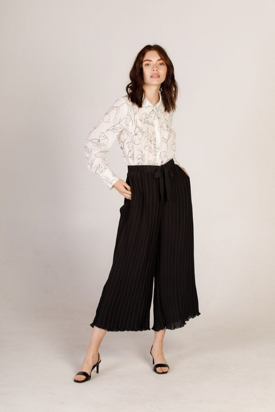 Moodie Pleated Culotte Pant - Front Cropped Image