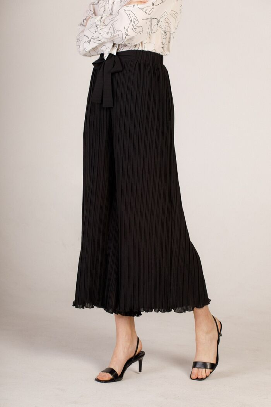 Moodie Pleated Culotte Pant - Front Full Image