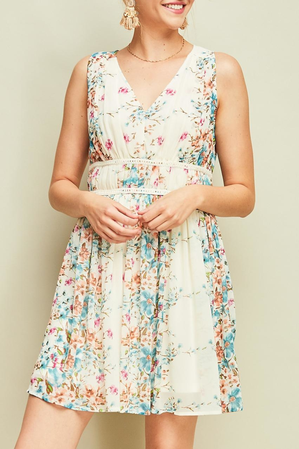 Entro Pleated Floral Dress - Front Full Image