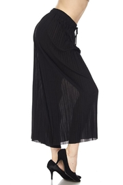 New Mix Pleated Gaucho - Front full body