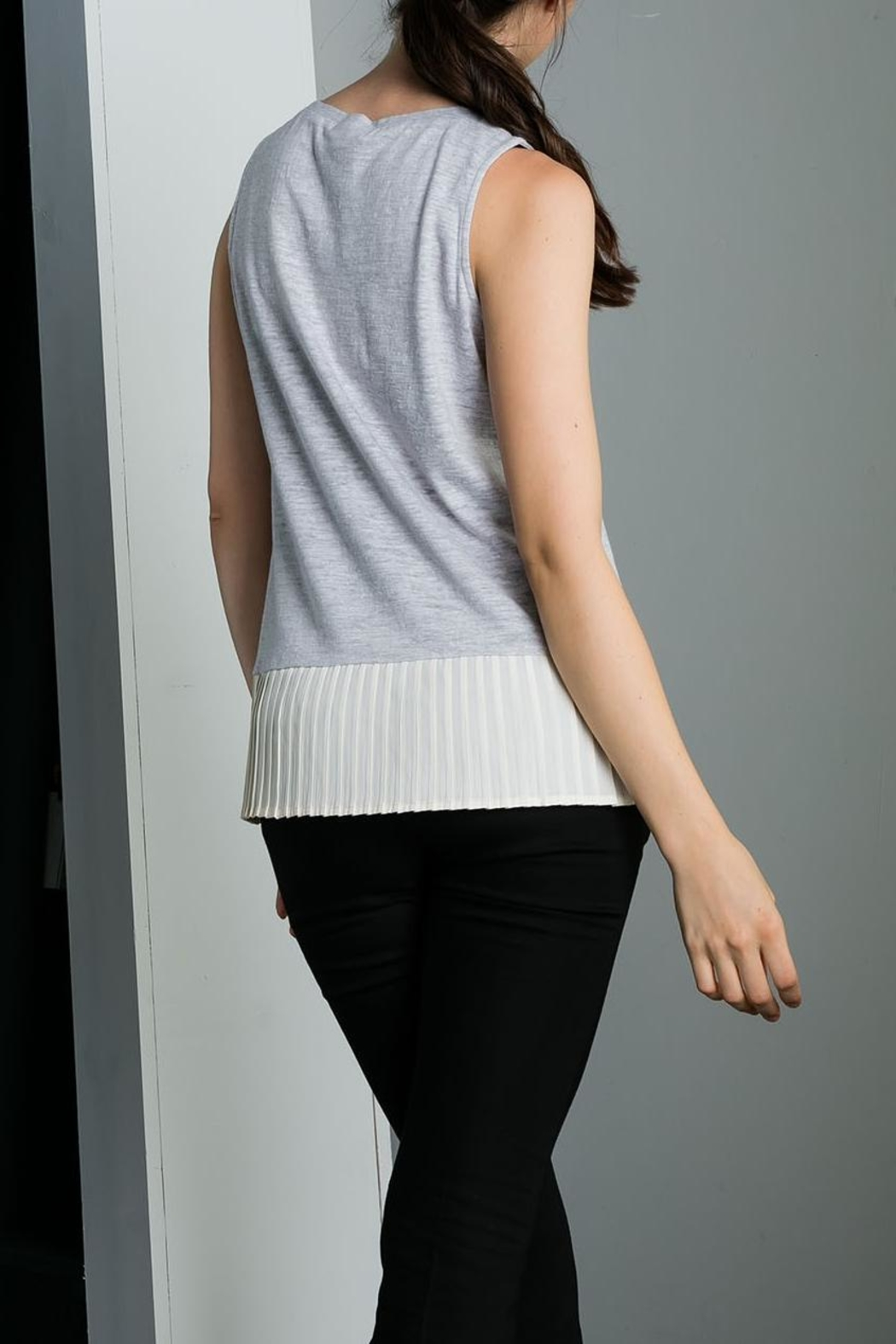 THML Clothing Pleated Hem Tank - Side Cropped Image