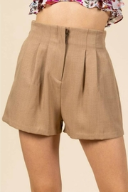 essue Pleated Hi-Waist Shorts - Product Mini Image