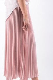 Yuki Tokyo Pleated Wide Culottes - Front full body