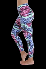 Liquido Active Plumage Legging - Front full body