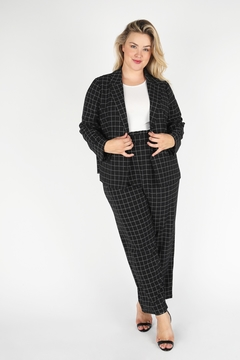 Skies Are Blue Plus Size Liz Checked Blazer - Alternate List Image