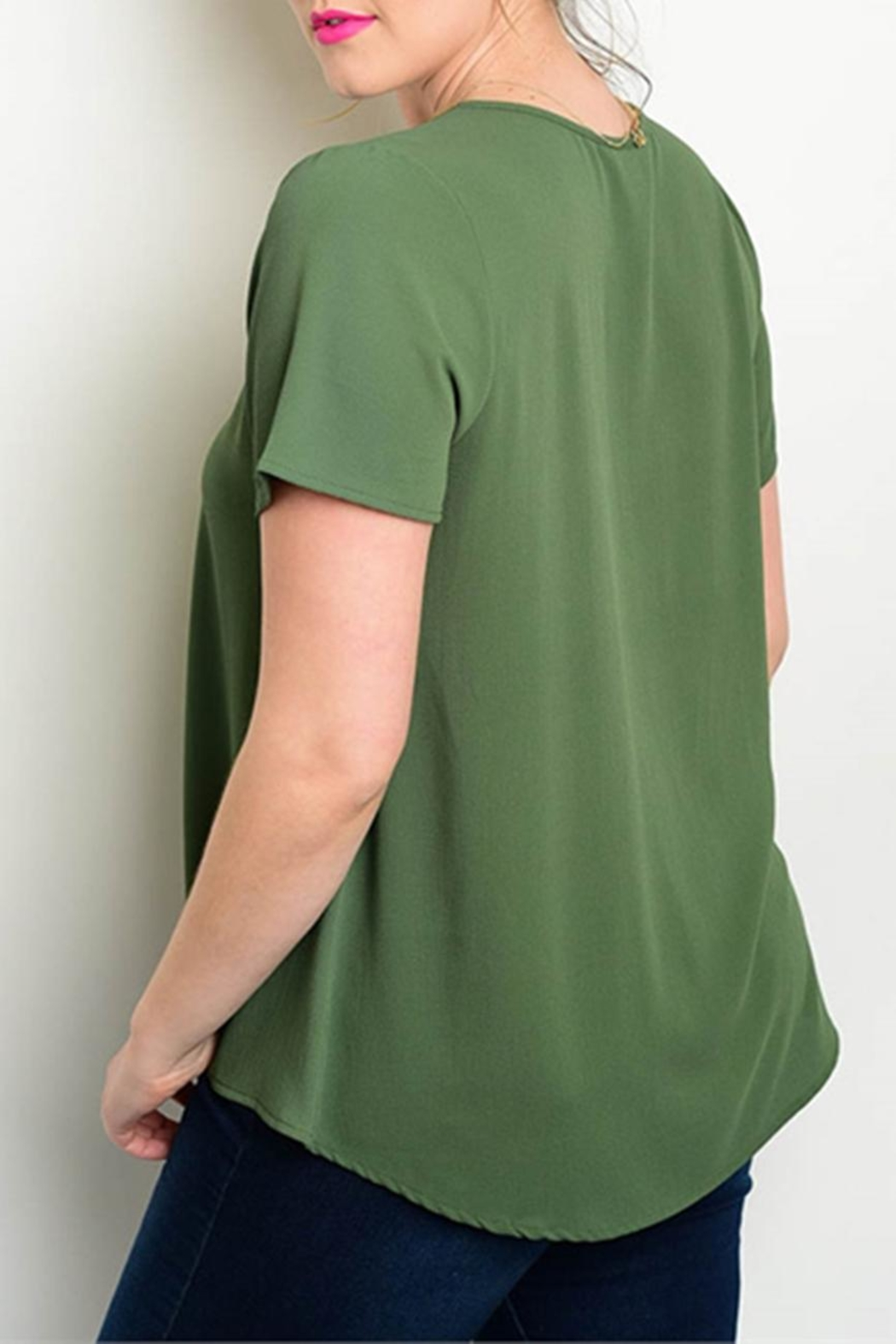 Zenobia Plus-Sized Green Top - Front Full Image