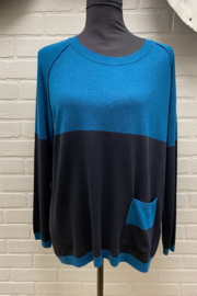 Planet Pocket Sweater - Front full body