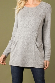 Simply Noelle Pocket Top - Product Mini Image