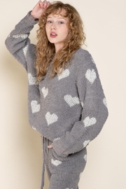 POL Berber White And Grey Heart Pulover - Back cropped