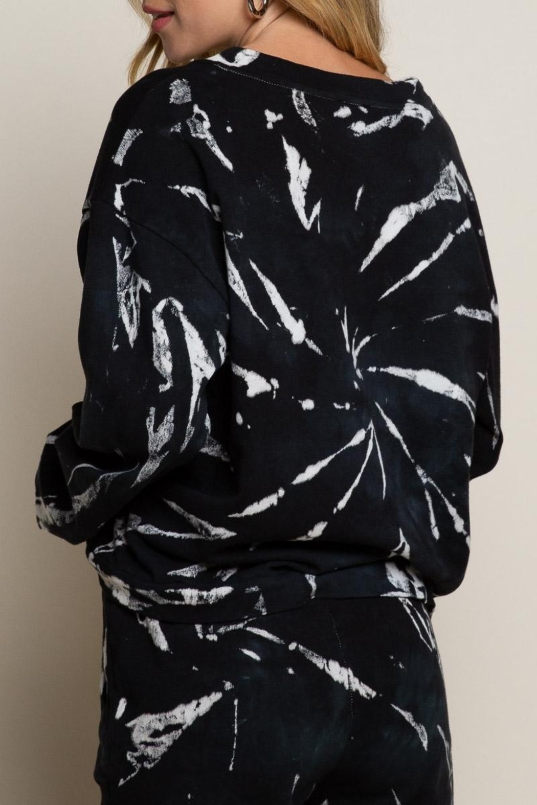 POL Black Tie-Dye Sweater Top - Side Cropped Image