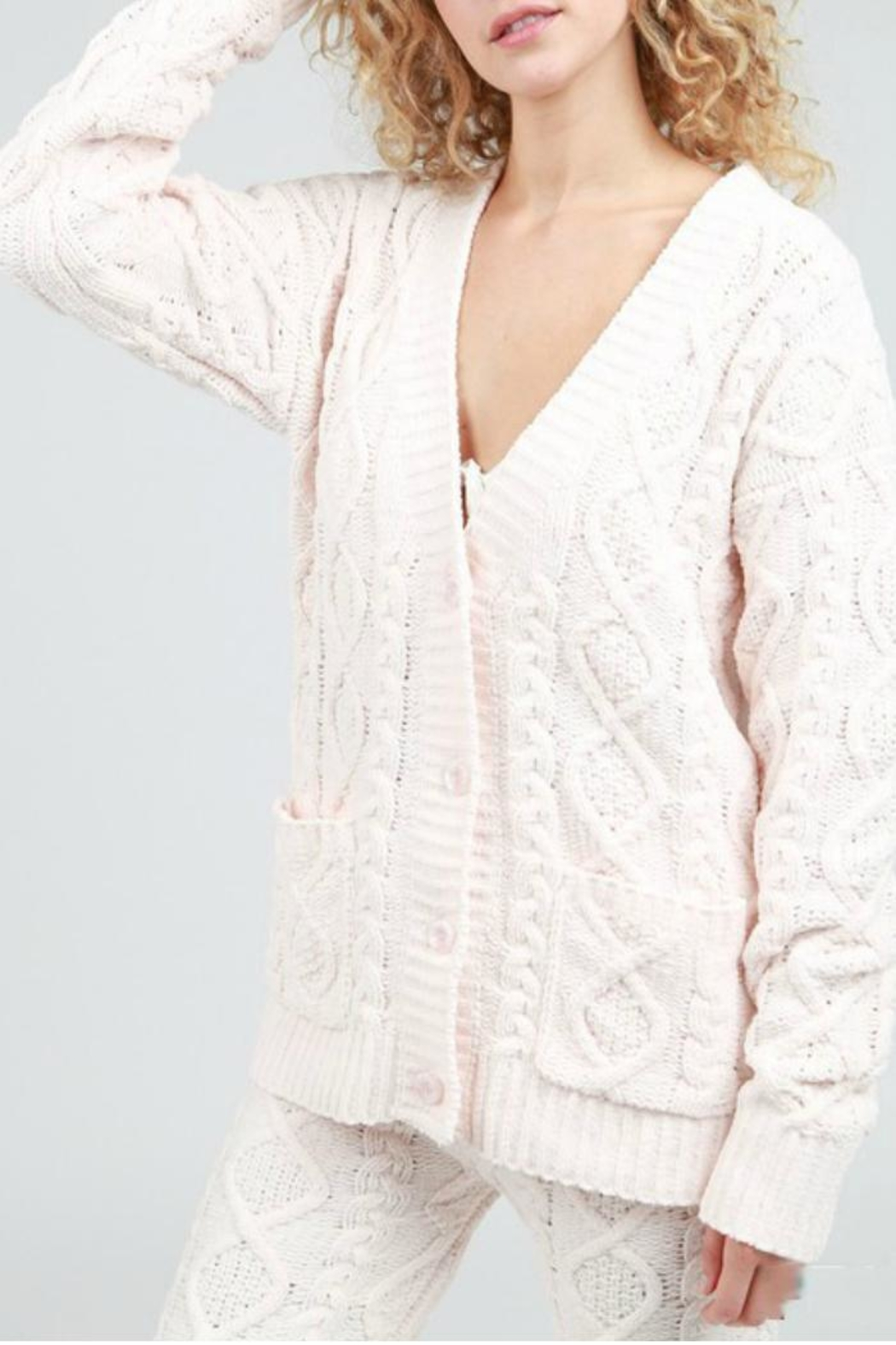 POL Cable Knit Cardigan - Side Cropped Image