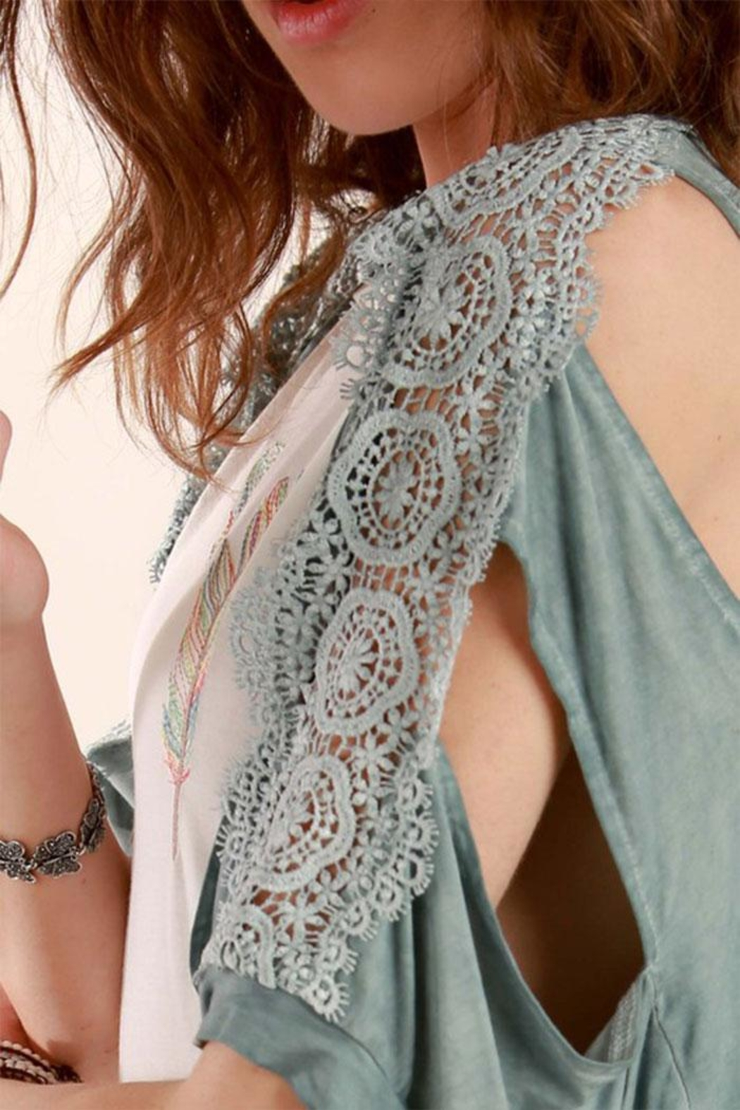 POL Crochet Fringe Cardigan - Side Cropped Image