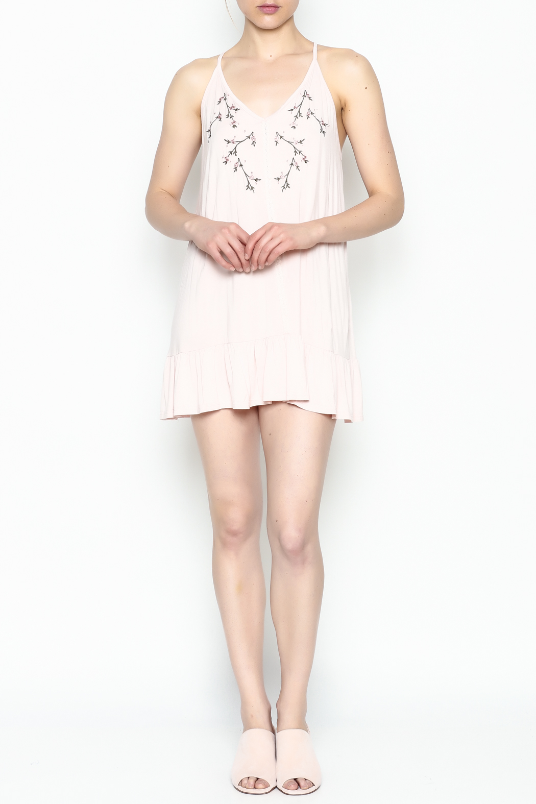POL Floral Embroidered Tunic - Side Cropped Image