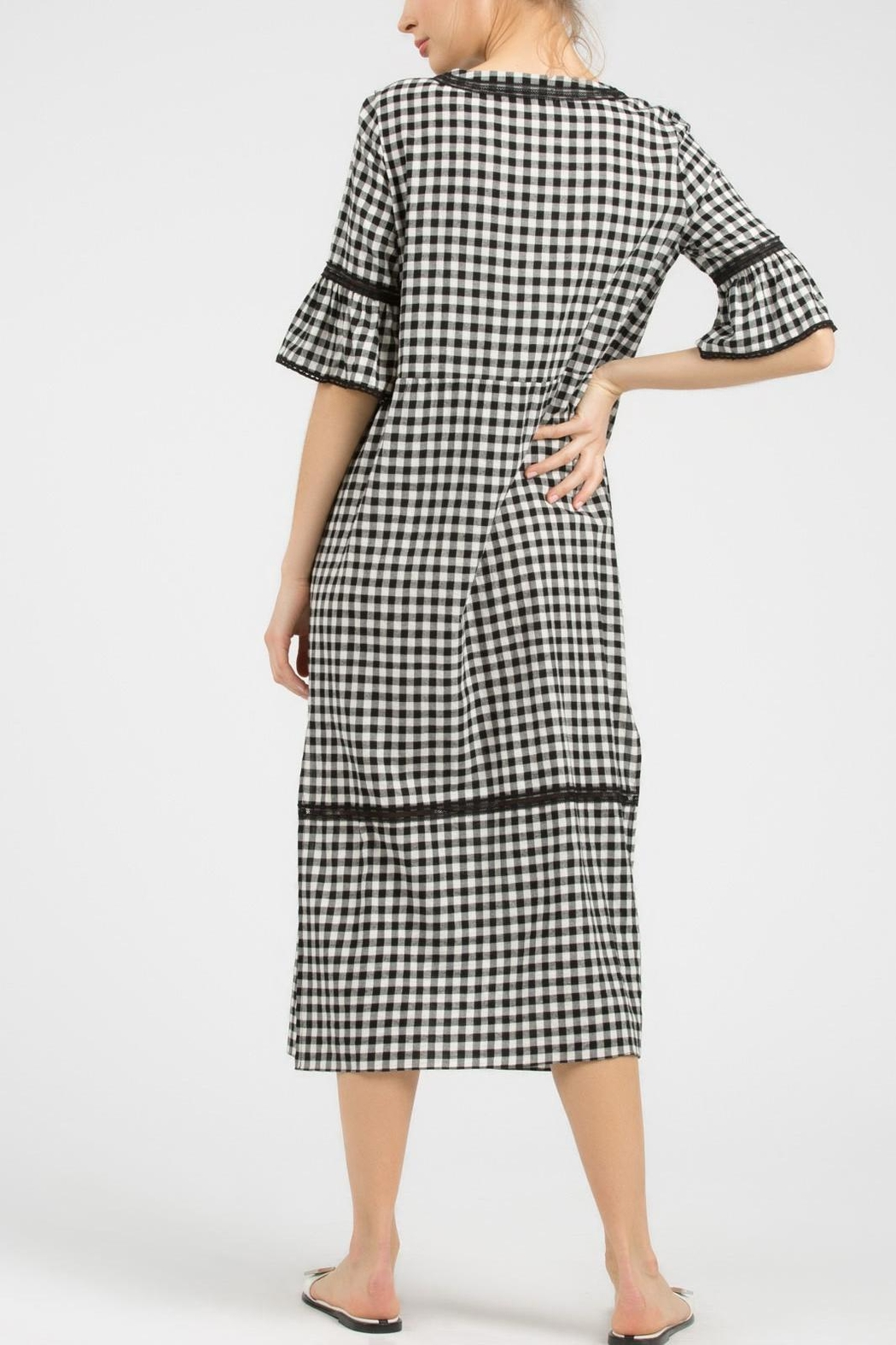 POL Gingham Midi Dress - Side Cropped Image