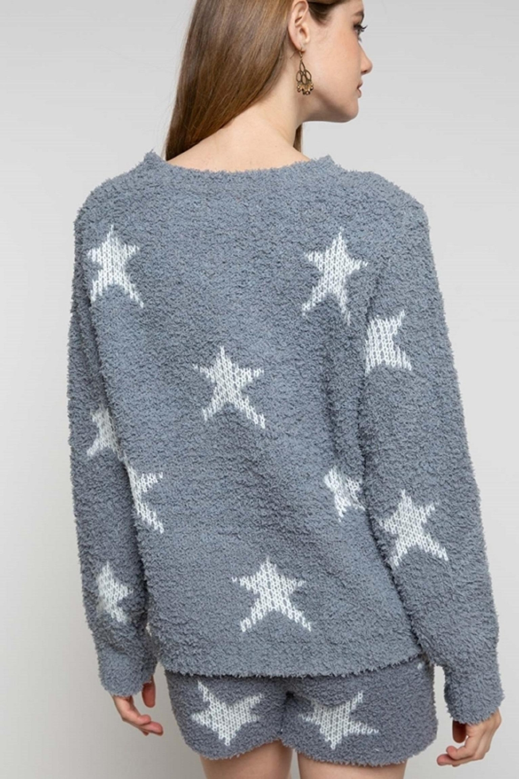 POL Berber Grey & White Star Pullover - Side Cropped Image