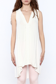 POL Ivory Sleeveless Tunic top - Side cropped