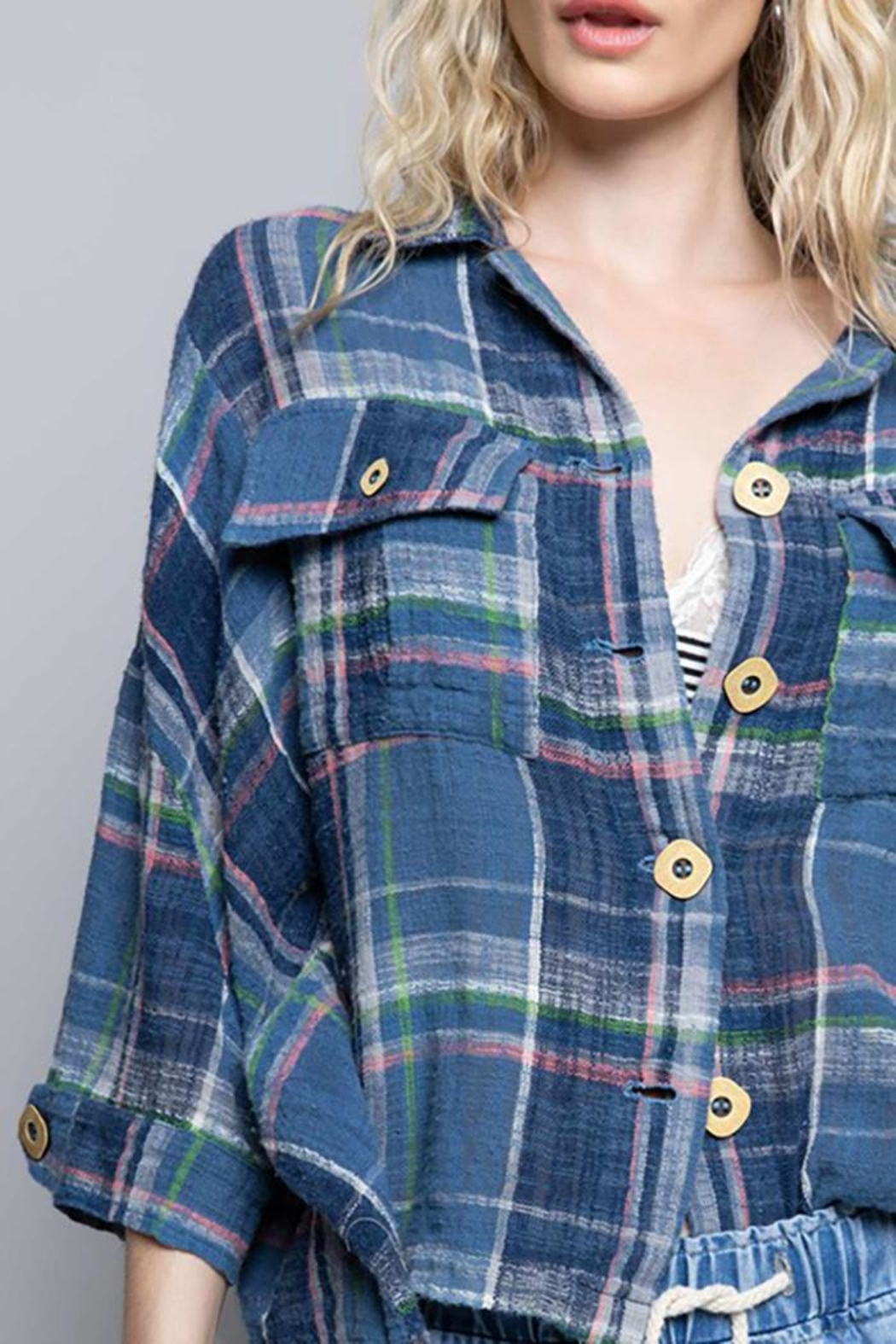 POL New School Plaid Relaxed Fit Top - Side Cropped Image