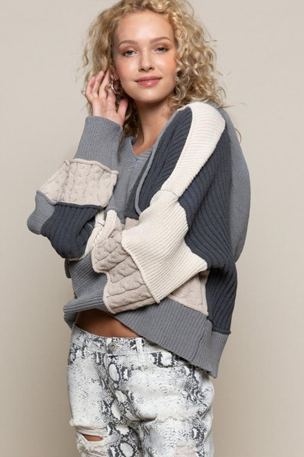 POL Oversized Color-Block Sweater - Back Cropped Image