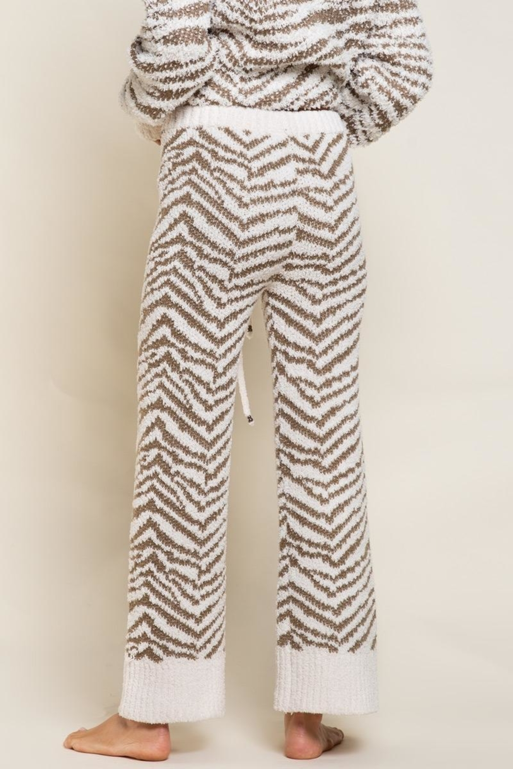 POL Zebra Berber Lounge Pants - Back Cropped Image