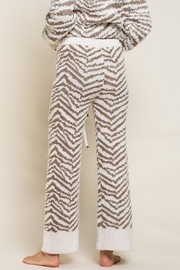 POL Zebra Berber Lounge Pants - Back cropped