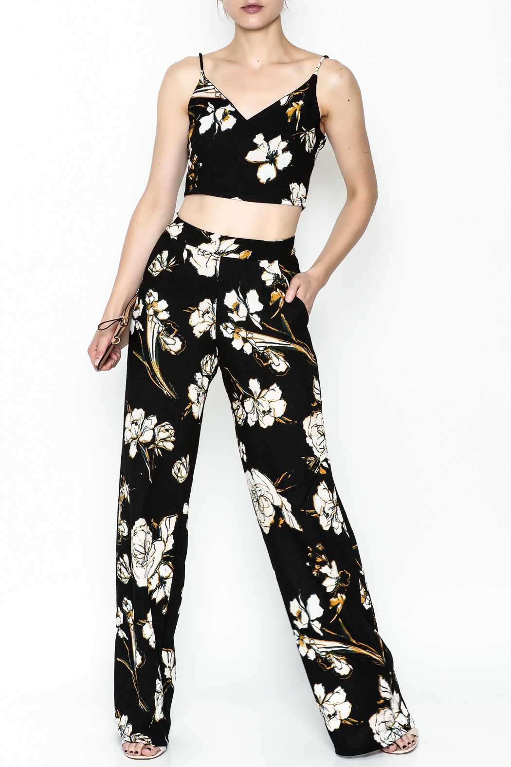 Polly & Esther Black Floral Trouser - Side Cropped Image