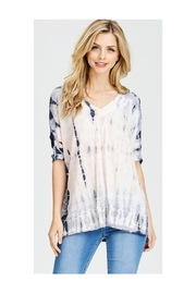 Polly & Esther Tie Dye V-Neck - Front cropped