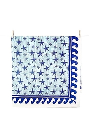 Pomegranate Seaside Starfish Tablecloth - Front cropped