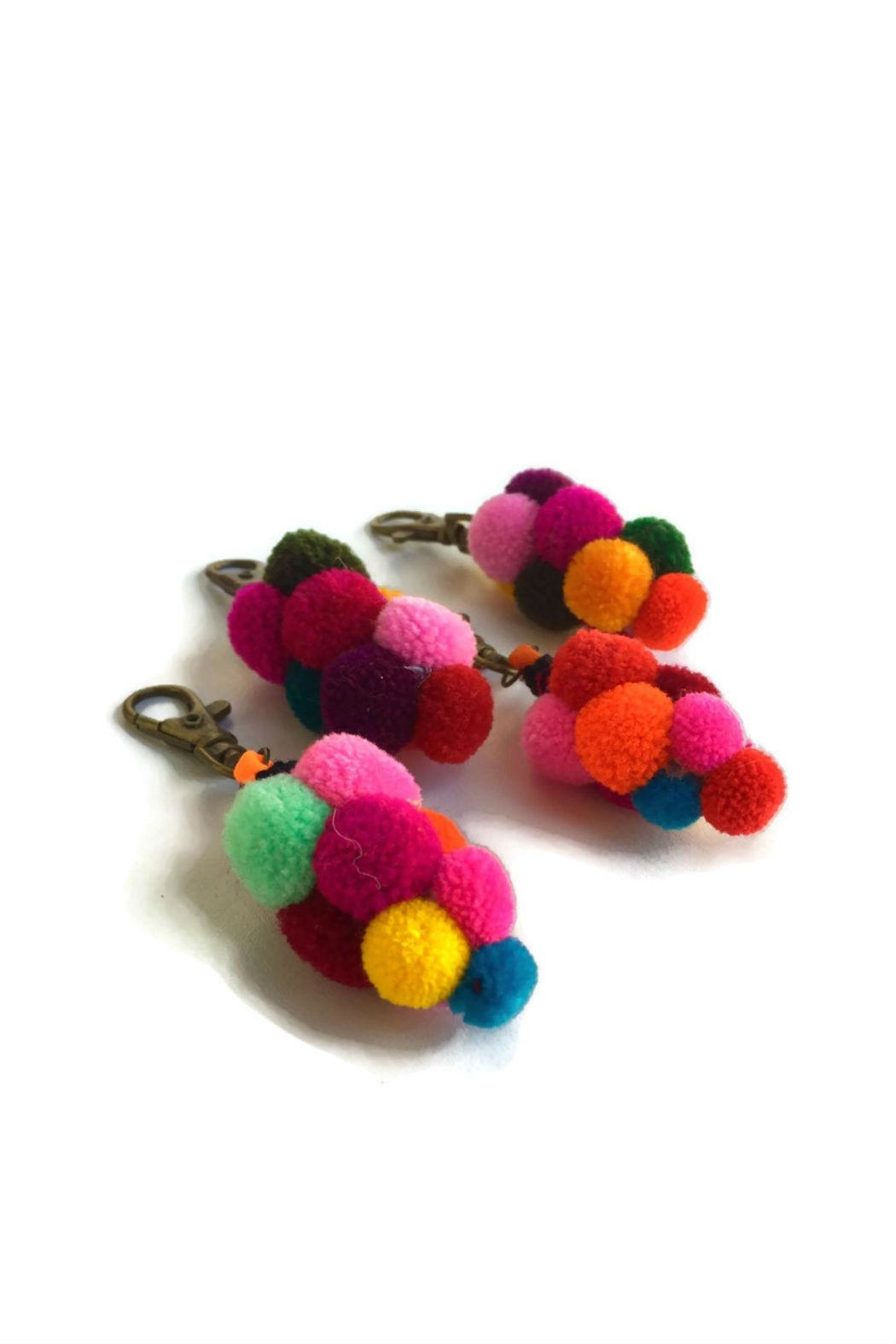 Lumily Pompom Zipper Pull - Front Full Image