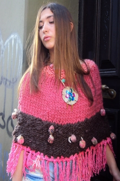 De Mil Amores Buenos Aires Poncho Amour - Product List Image