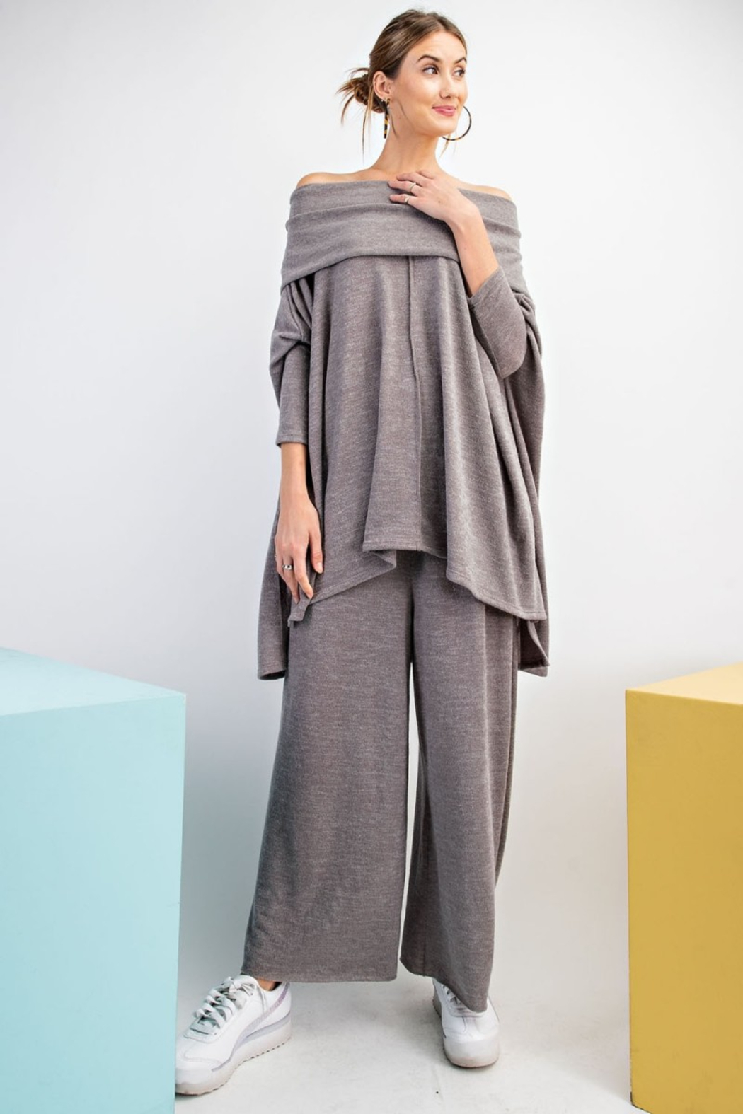 Easel  Poncho Palazzao Pants Set - Front Cropped Image