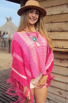 De Mil Amores Buenos Aires Poncho Soft Rose - Product List Image