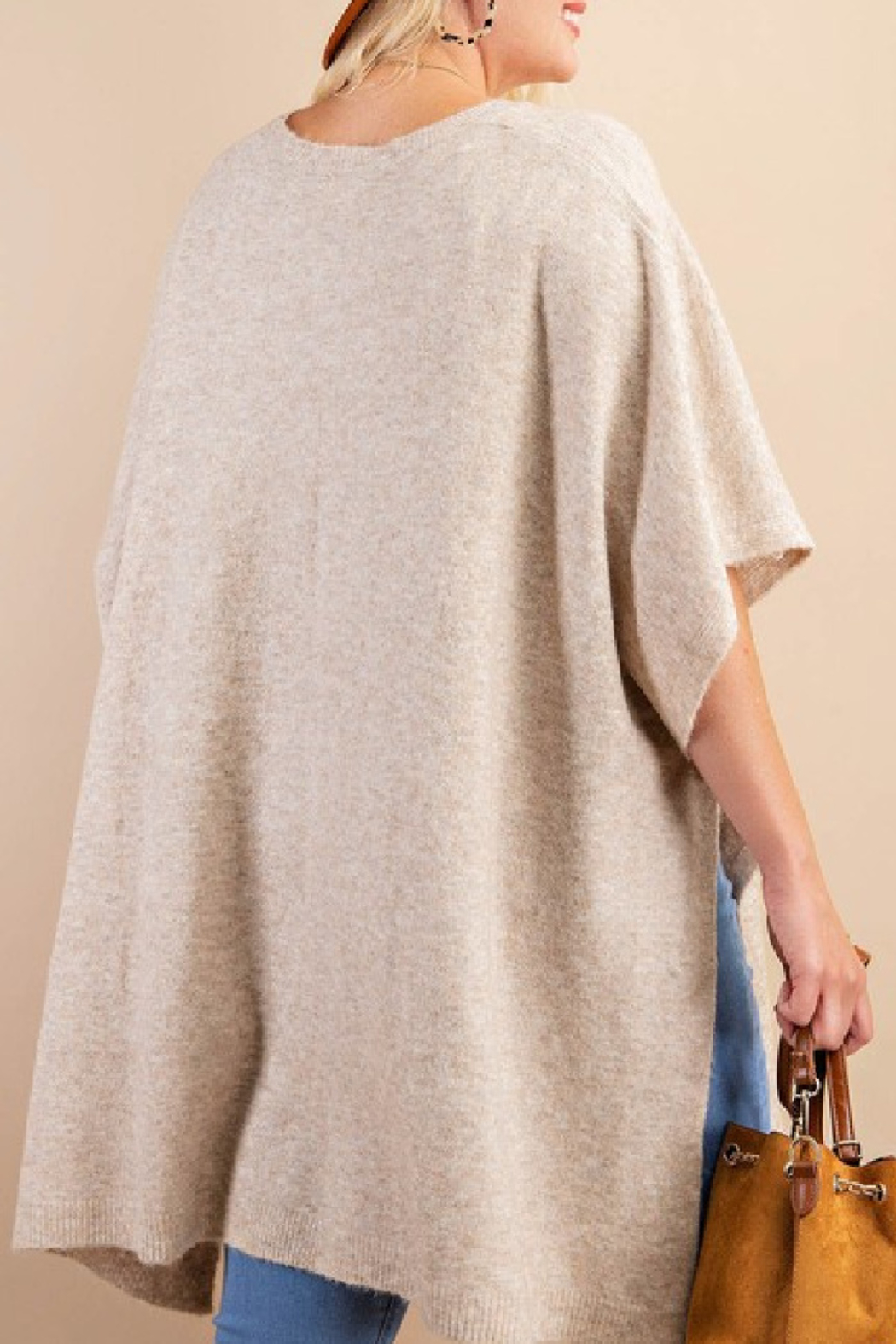 Kori Poncho Sweater Curvy - Front Full Image