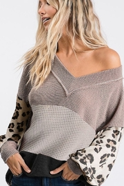 Bibi POPCORN WAFFLE COLOR BLOCK TOP - Front cropped