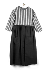 Popelin e Black Long Dress With Gathered Skit And Patch Pockets For Girls - Product Mini Image