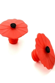 Charles Viancin Poppy Bottle Stoppers - Product Mini Image