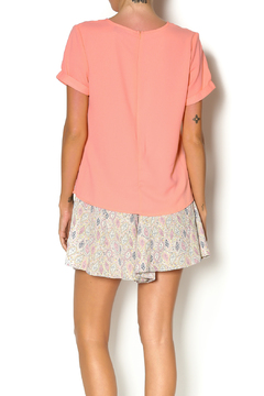 Poppy Lux Coral Queen Blouse - Alternate List Image