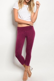 Popular Basics Magenta Capri Leggings - Product Mini Image