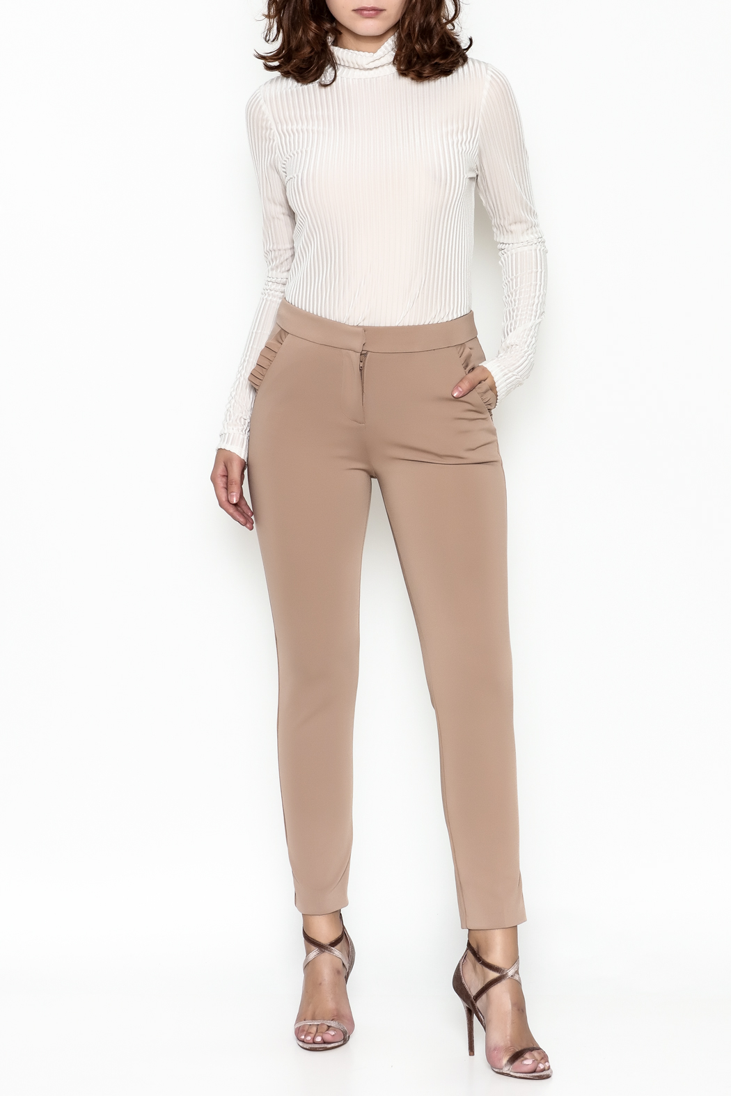 Potter's Pot Ruffle Pocket Trouser - Side Cropped Image