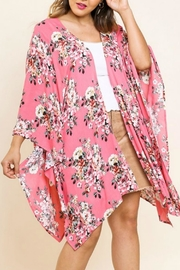 UMG PLUS Pretty Pink Floral - Front cropped