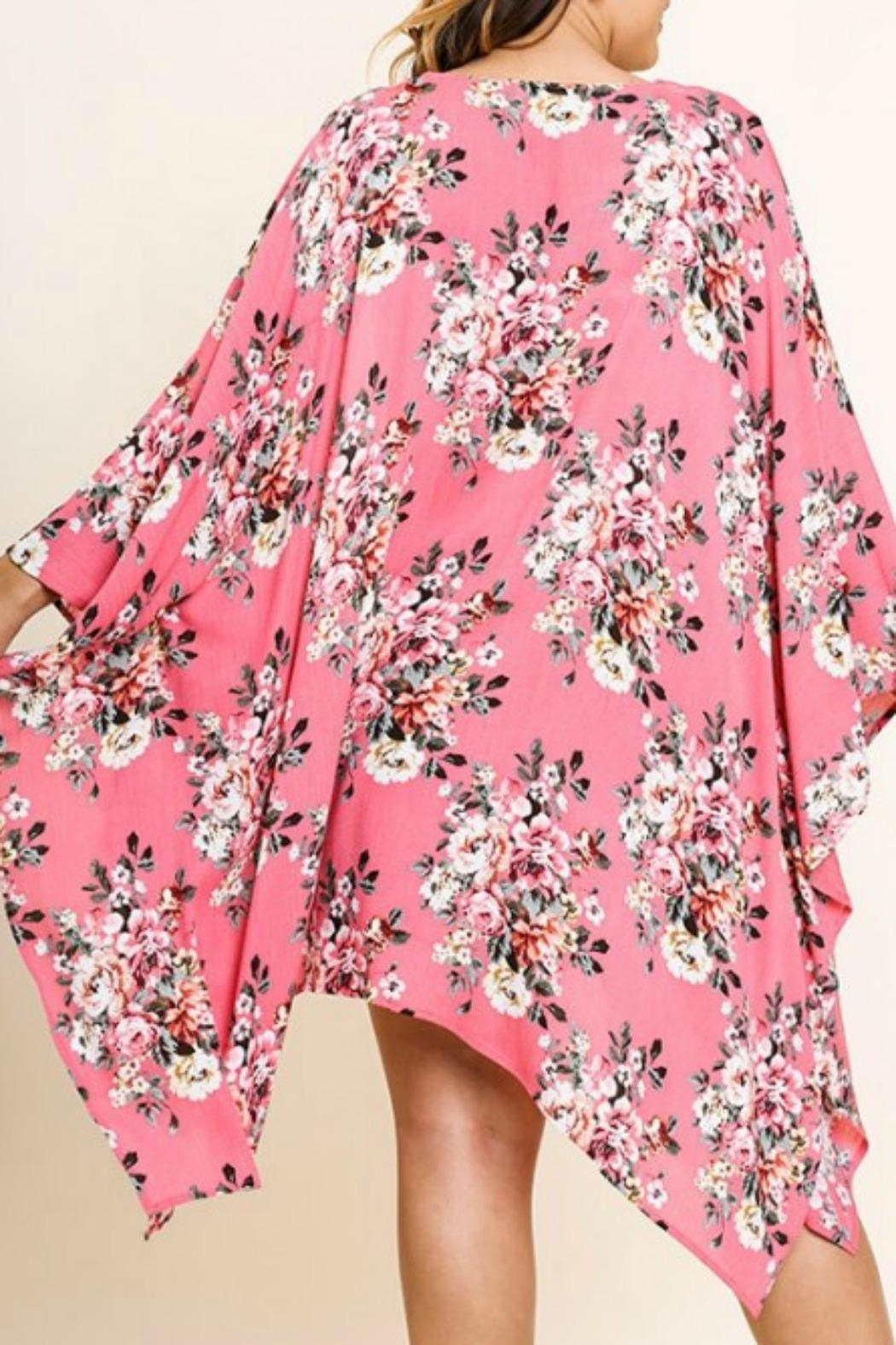 UMG PLUS Pretty Pink Floral - Side Cropped Image