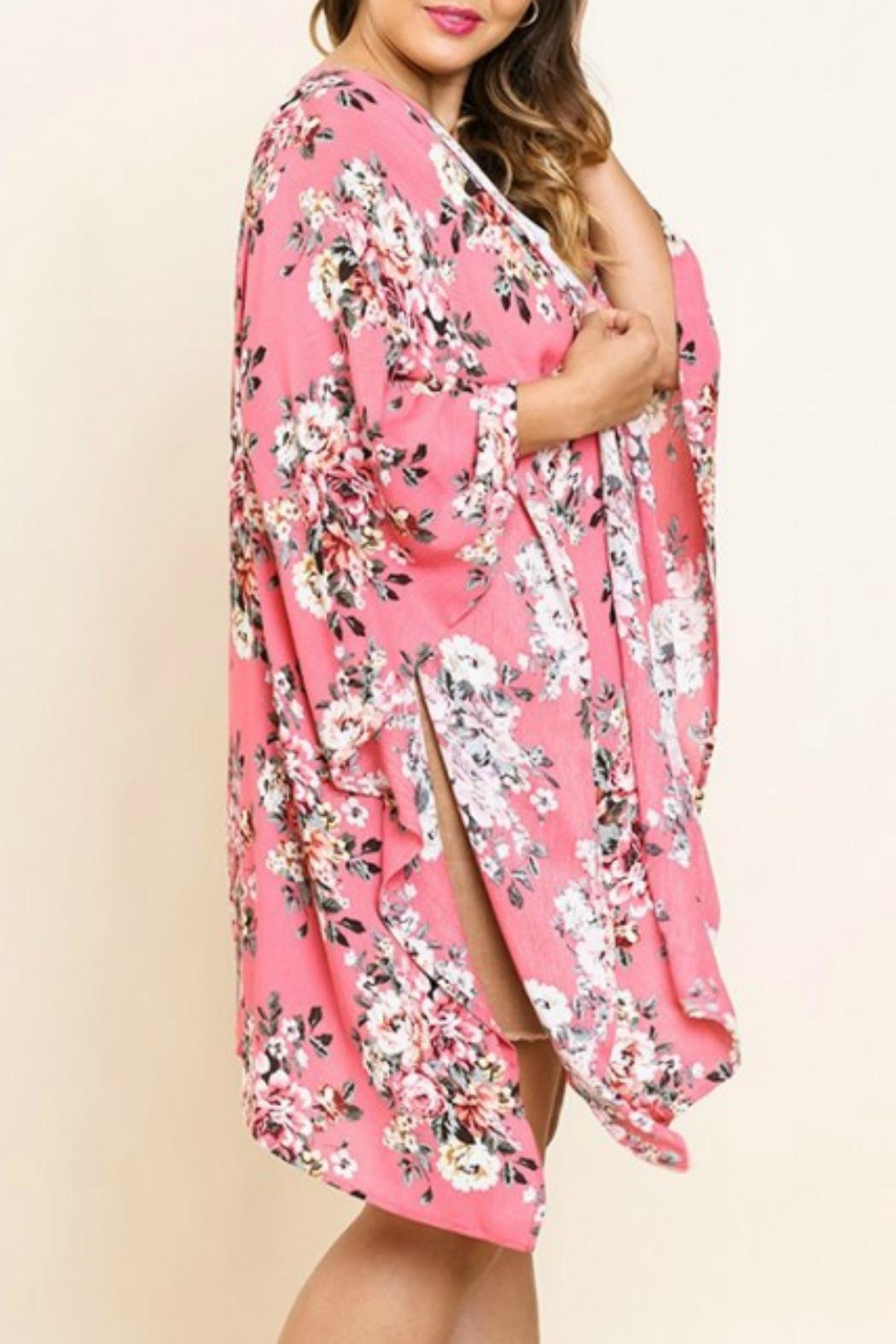 UMG PLUS Pretty Pink Floral - Front Full Image