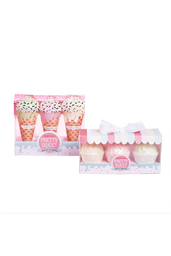 Cupcakes and Cartwheels Pretty Sweet Bath Fizzers - Alternate List Image