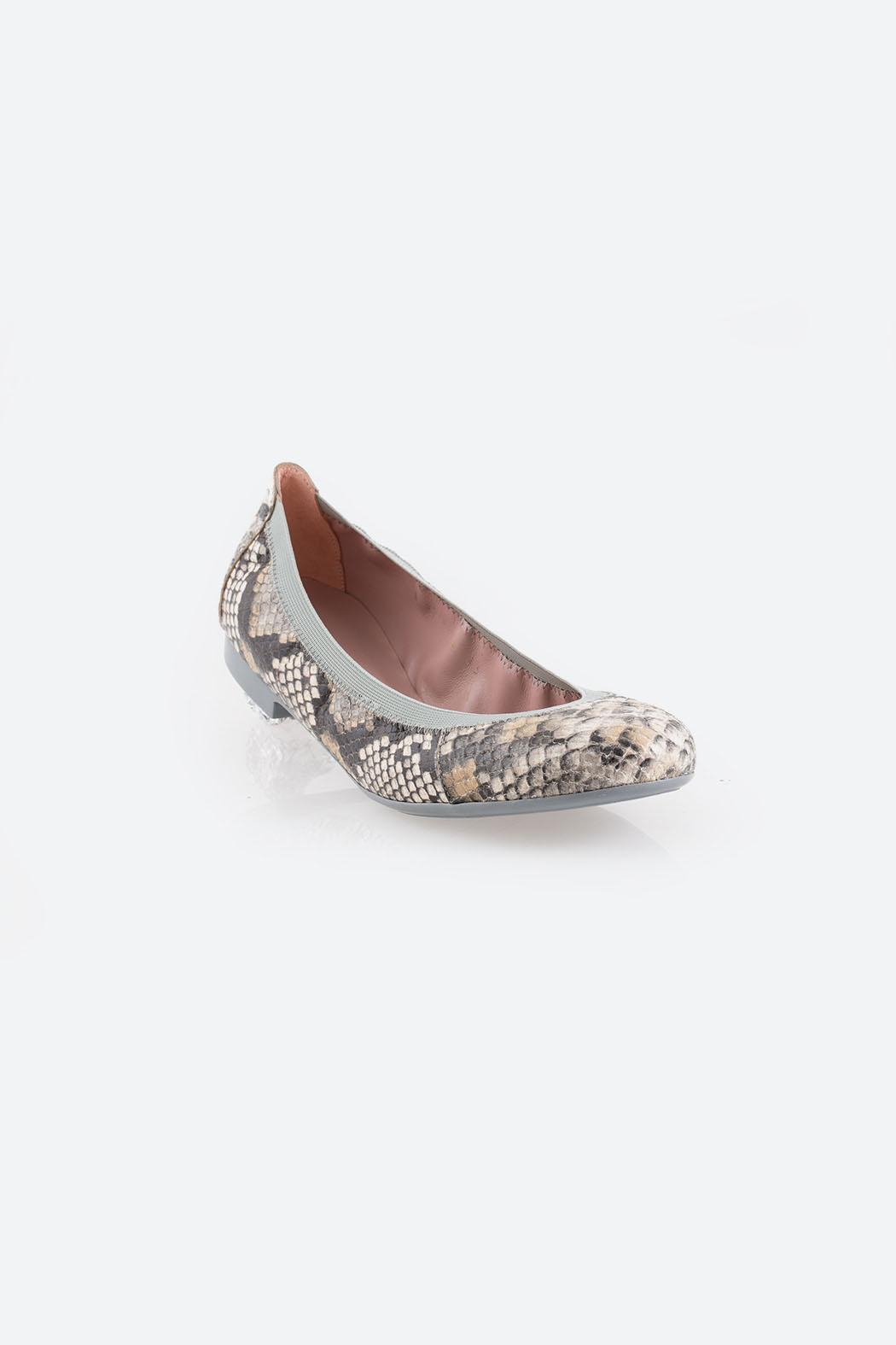 Pretty Ballerinas Piedra Flats - Side Cropped Image