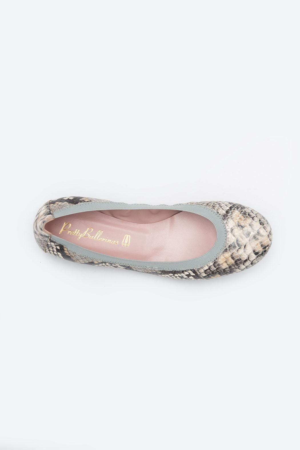 Pretty Ballerinas Piedra Flats - Back Cropped Image