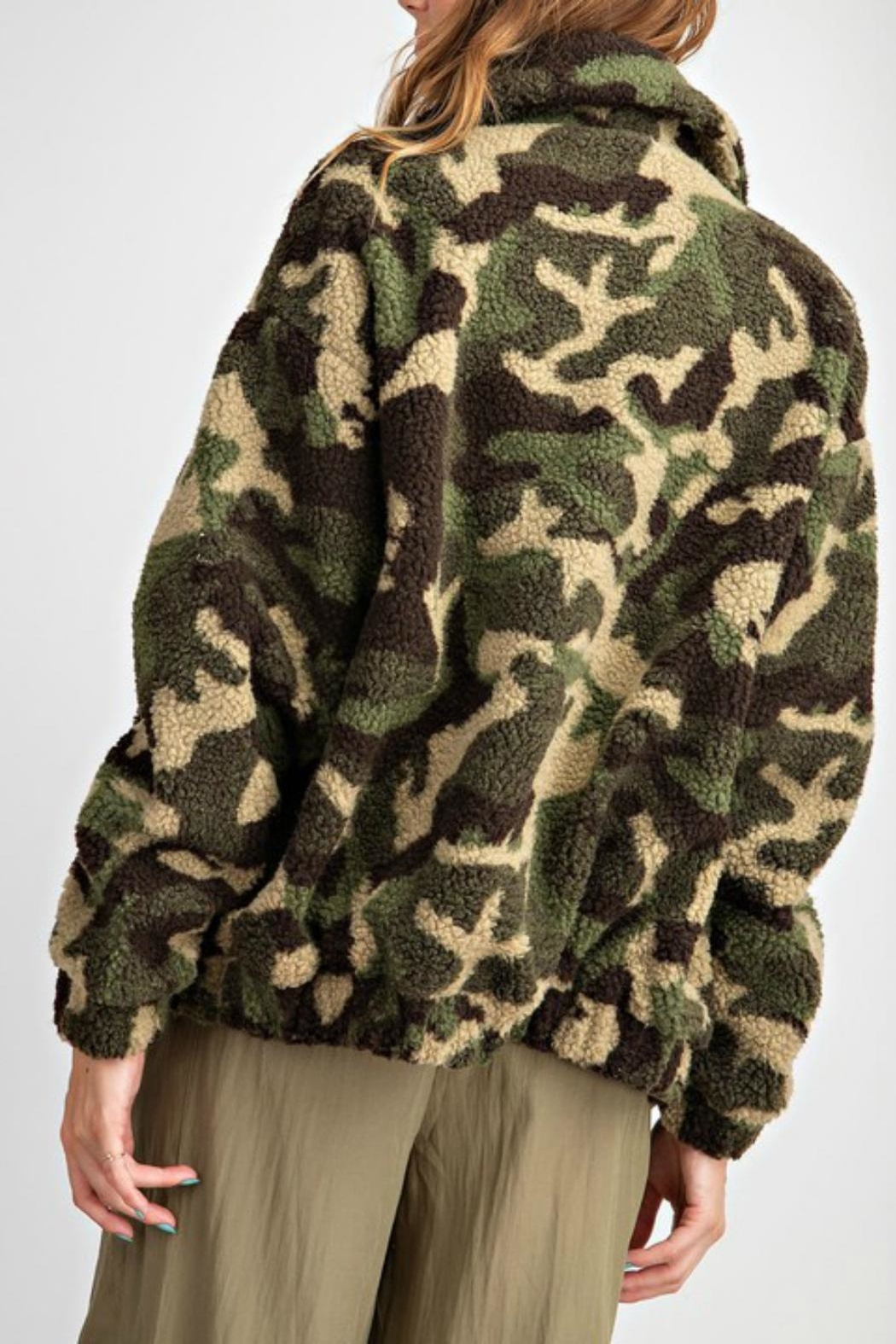 Pretty Little Things Camo Teddy Coat - Side Cropped Image